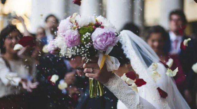 Düğün ve nikahlar iptal edildi mi? Nişan Kına Nikah Düğün törenleri yasaklandı mı?