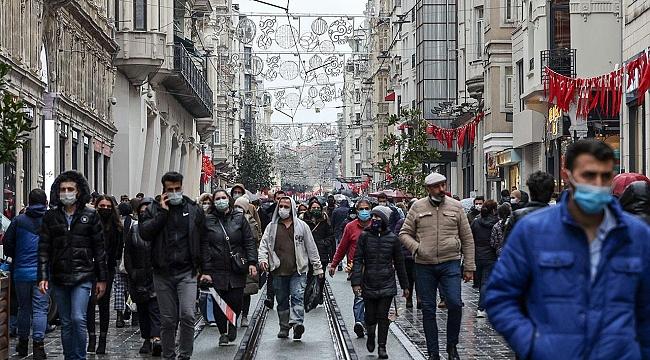 İstiklal Caddesi kapatıldı! Koronavirüs tedbirlerine uyulmuyor...