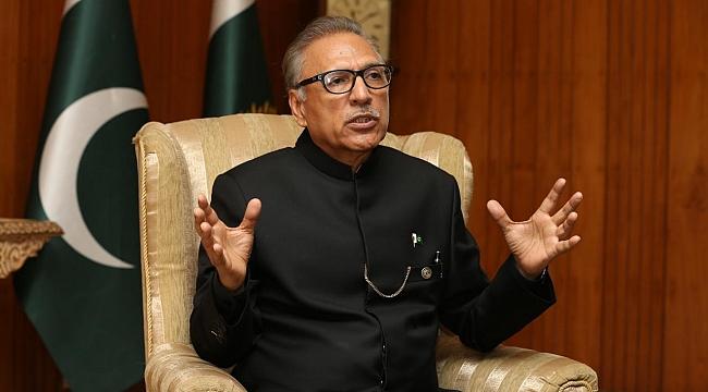 Pakistan Cumhurbaşkanı Arif Alvi koronavirüse yakalandı