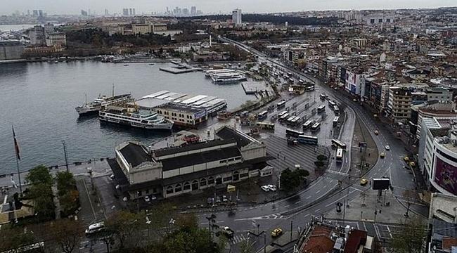 Kadıköy'de açık alanda gösteri yapmak yasaklandı