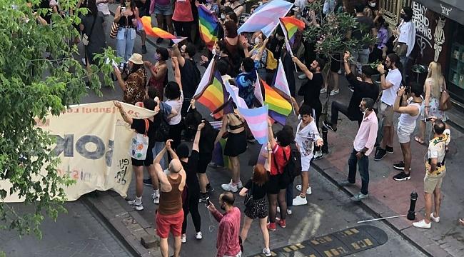 Taksim'de izinsiz 'Onur Yürüyüşü'ne müdahale