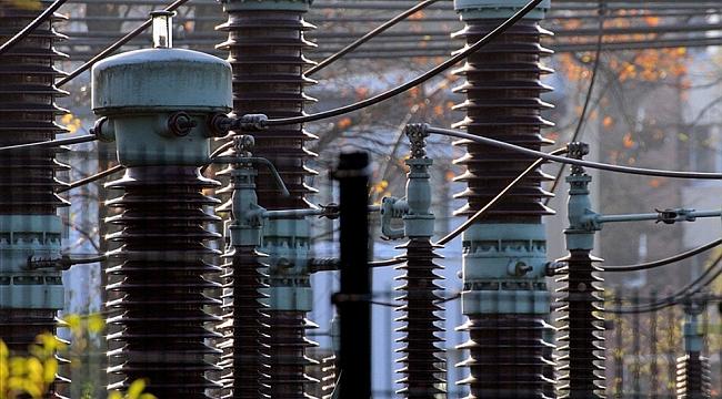 Almanya'da 300 hanenin elektriği kesildi