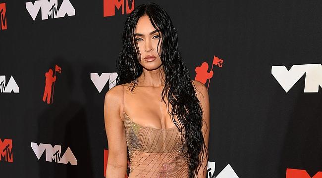 Megan Fox'tan kıyafet eleştirilerine cevap: Meydan okuyorum